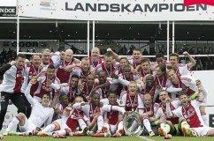 EL MÁS GANADOR DEL FÚTBOL HOLANDÉS. Ajax de Ámsterdam sumó su cuarto campeonato consecutivo en la Eredivisie y el 33° de su historia.