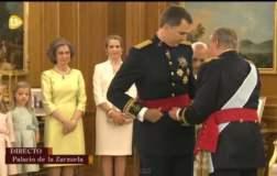 """Felipe VI asumen como Rey de España y ofrece una """"monarquía renovada"""""""