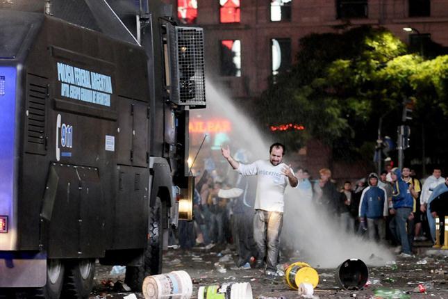 [VIDEO] Violencia y saqueos en Argentina tras derrota ante Alemania