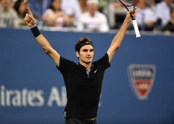 Federer sacó a relucir toda su jerarquía y categoría tenística para superar a un difícil y luchador Monfils.