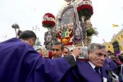 El Señor de los Milagros recibió homenaje de Humala y sus ministros