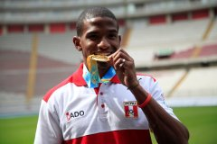 El atleta nacional – record nacional de 100 metros – obtuvo el oro en el Sudamericano Sub 23 de Uruguay.
