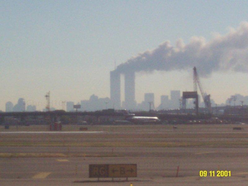 [FOTO] Inédita de las Torres Gemelas durante el 9/11 en el World Trade Center