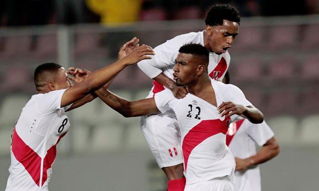 Perú ganó el último partido amistoso del 2014 con goles de Carlos Ascues.