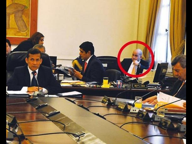 Ollanta Humala aceptó renuncia de su asesor Eduardo Roy Gates
