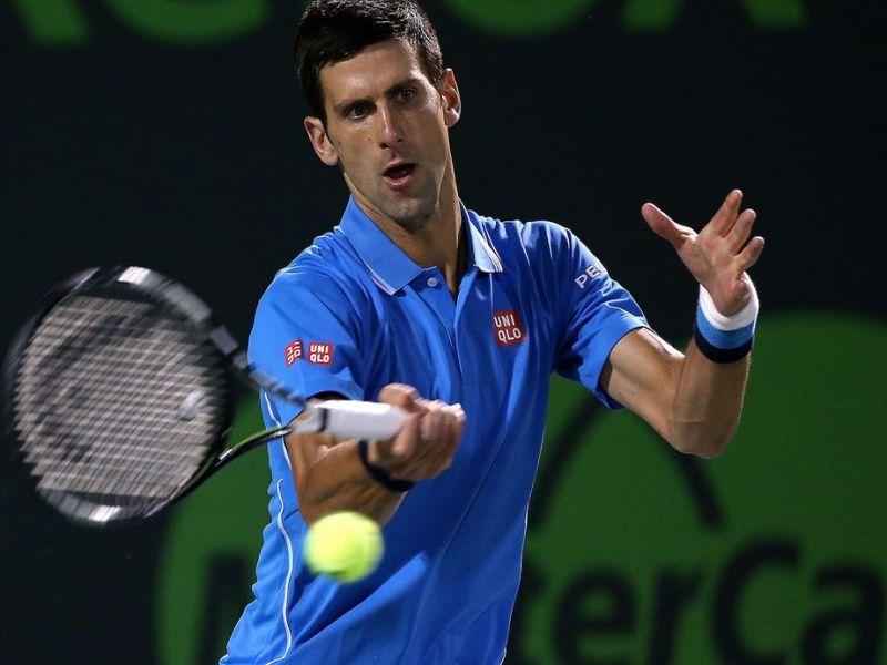 Djokovic impuso su favoritismo y avanzó en Miami.