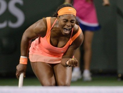 Serena Williams superó a una aguerrida tenista suiza  Bacsinszky.