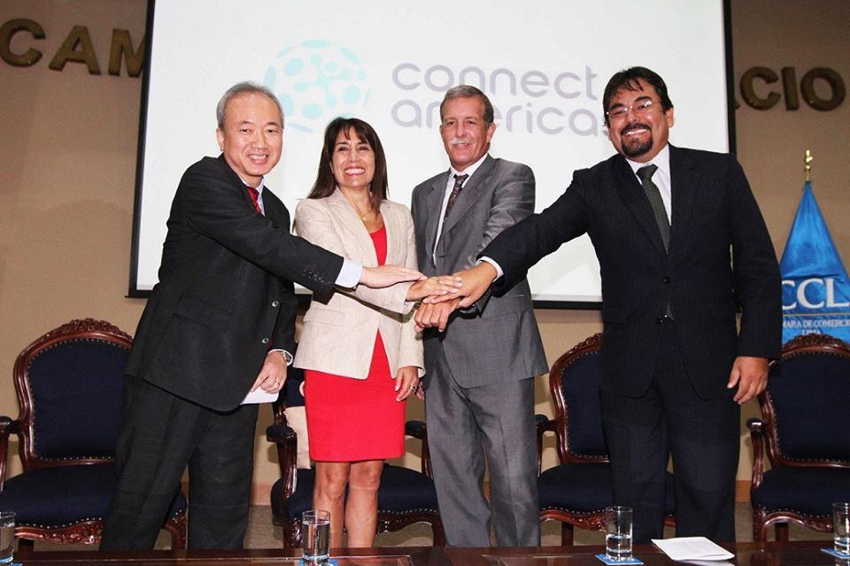 La ministra Magali Silva estuvo en la ceremonia de lanzamiento de la herramienta del BID, Connect Américas.