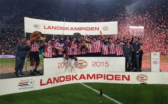 El  PSV Eindhoven celebró el título número 22 de su historia.