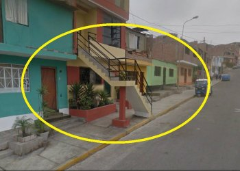 Escándalo: Construye escalera en medio de la vereda en Chorrillos