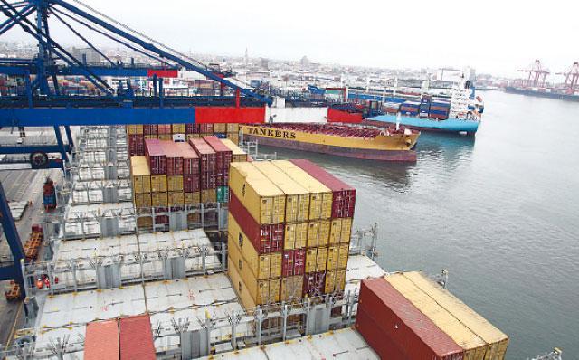 Pese a otro nuevo incremento que registró el rubro agro con valor agregado, las exportaciones peruanas finalizaron los primeros tres meses del 2015 en rojo.
