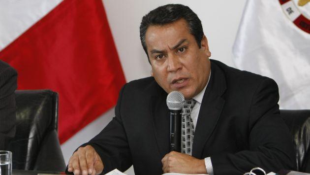 Ministro se queja de jueza por supuesto pago de Pepe Julio Gutiérrez
