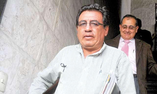 Pepe Julio Gutiérrez habría pagado a jueza y negoció cobro a minera