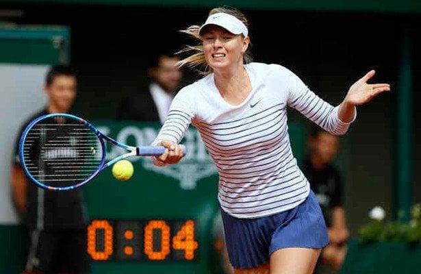 Sharapova fue sólida en su debut del Roland Garros 2015.