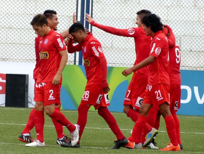 Aurich volvió a ganar en el Clausura.
