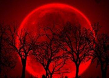 La Luna roja, captada desde Puebla - México