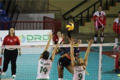 Perú fue superior a Bulgaria y mañana irá en busca del triunfo ante Japón.