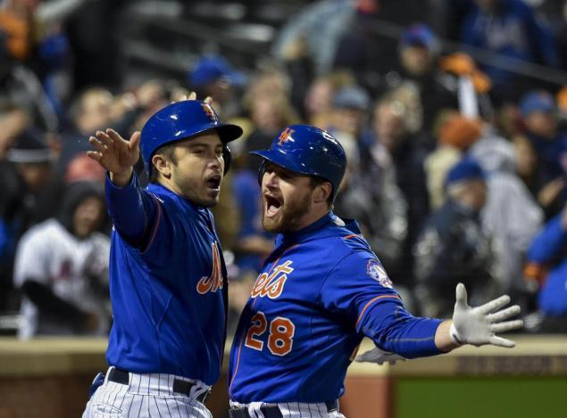 Murphy (28) otra vez produjo un jonrón para el triunfo de los Mets.