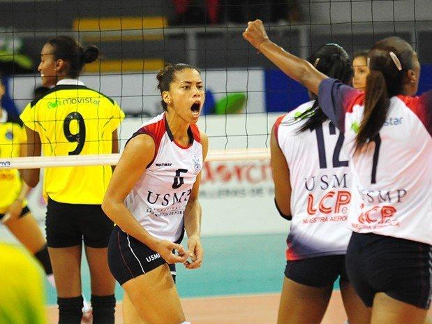 La brasileña Milca Da Silva es una de las integrantes de la U. San Martin, club que quiere retener el título del vóley nacional y convertirse en tricampeón al final de la temporada 2015-16.