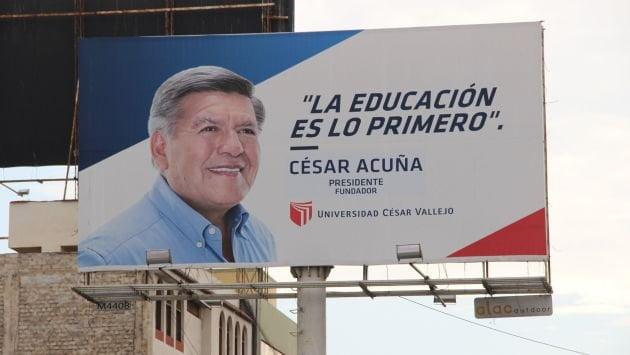 Los paneles de César Acuña en la mira