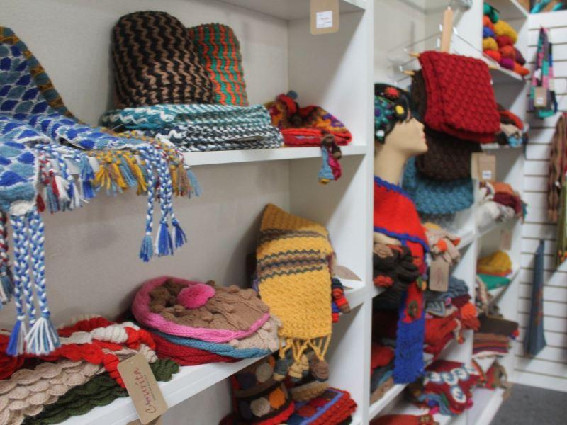Productos de alpaca peruana destacaron en el más importante evento de moda en Francia,