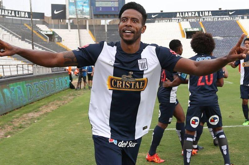 Alianza Lima salió favorecido sin jugar.