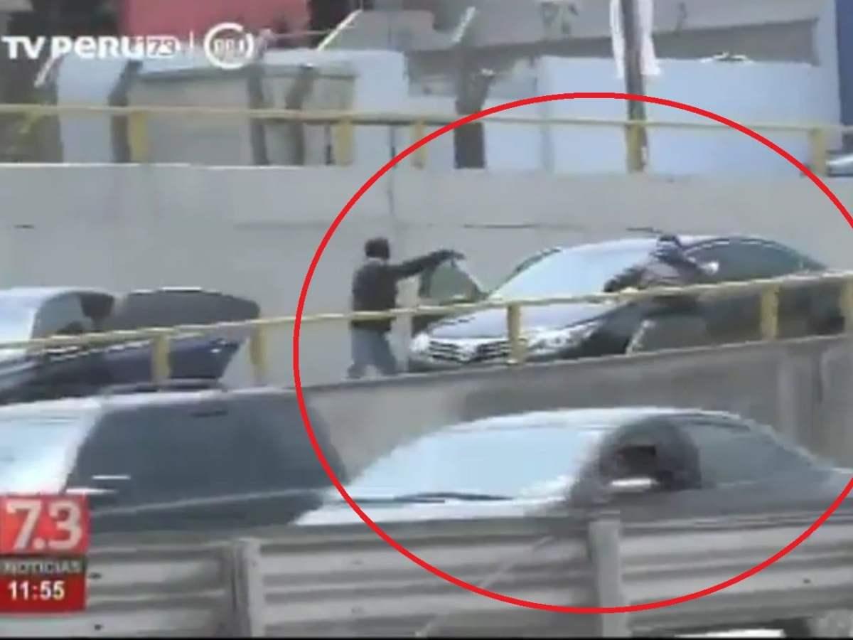 Cámaras de TV captan criminal asalto en la Vía Expresa