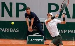 Murray mantuvo precisión y solidez para superar a Karlovic.