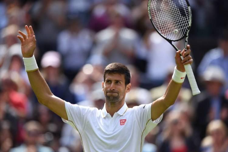 Djokovic inició con el pie derecho su defensa en Londres.