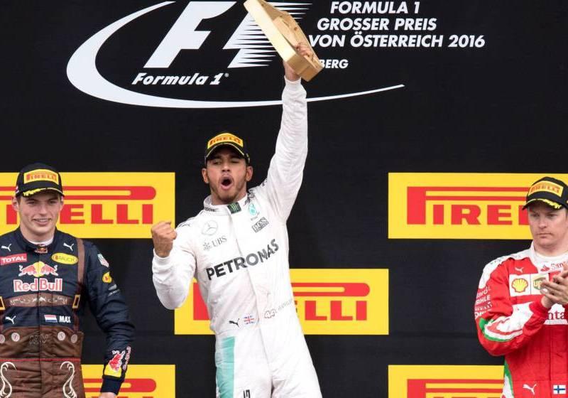 Hamilton quedó nuevamente cerca del líder Rosberg.