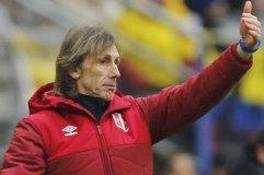 Greca llamó a 11 futbolistas peruanos que actúan en el exterior.