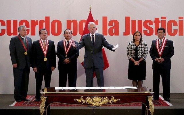 El presidente Kuczynski invocó a todos los peruanos para que trabajemos juntos contra la delincuencia.