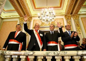 El presidente Kuczynski tomó juramento a los ministros de Defensa y Cultura.