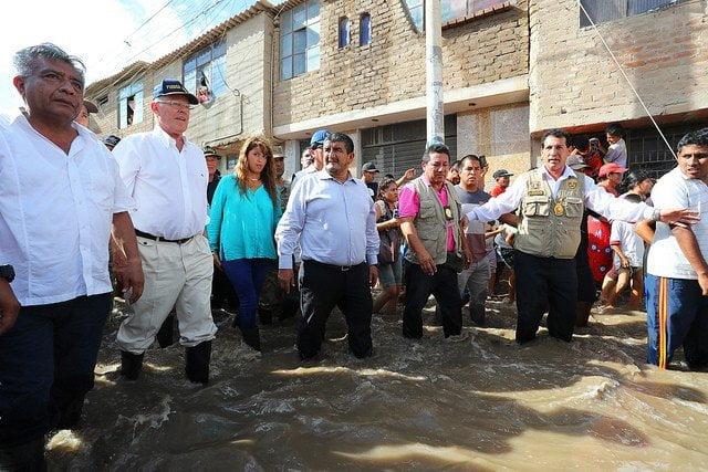 """Kuczynski: """"Declararemos en emergencia el distrito de J.L. Ortiz y otros de Chiclayo inundados"""""""