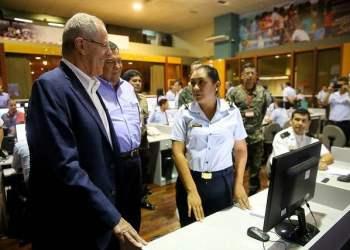 El presidente Kuczynski pidió a la población delegó al MIDEF la jefatura del Centro de Operaciones de Emergencia Nacional (COEN).