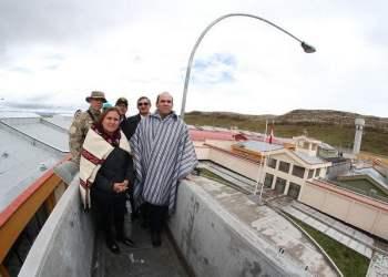 El premier Zavala indicó que el penal de Cochamarca viene acompañado de desarrollo para la comunidad campesina del mismo nombre.