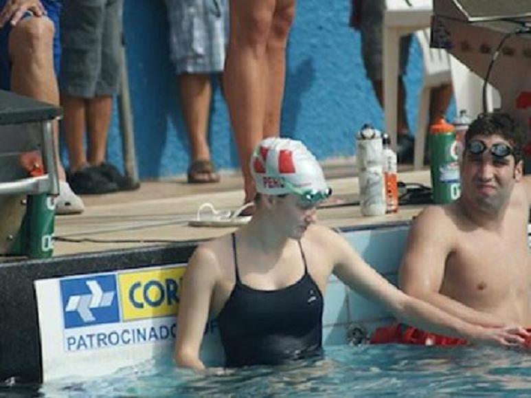 Nadadora peruana De Bever batió cinco récords nacionales en Canadá