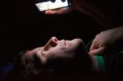 Uso del celular en exceso puede ser dañino al cerebro