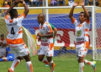 El conjunto de Ayacucho FC ganó y es uno de los punteros del Apertura.