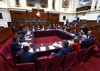 La Comisión Permanente del Congreso aprobó investigar al Contralor de la República.