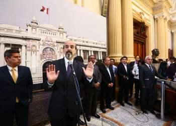 Congresistas de la oposición exigen al gobierno la renuncia del ministro Thorne