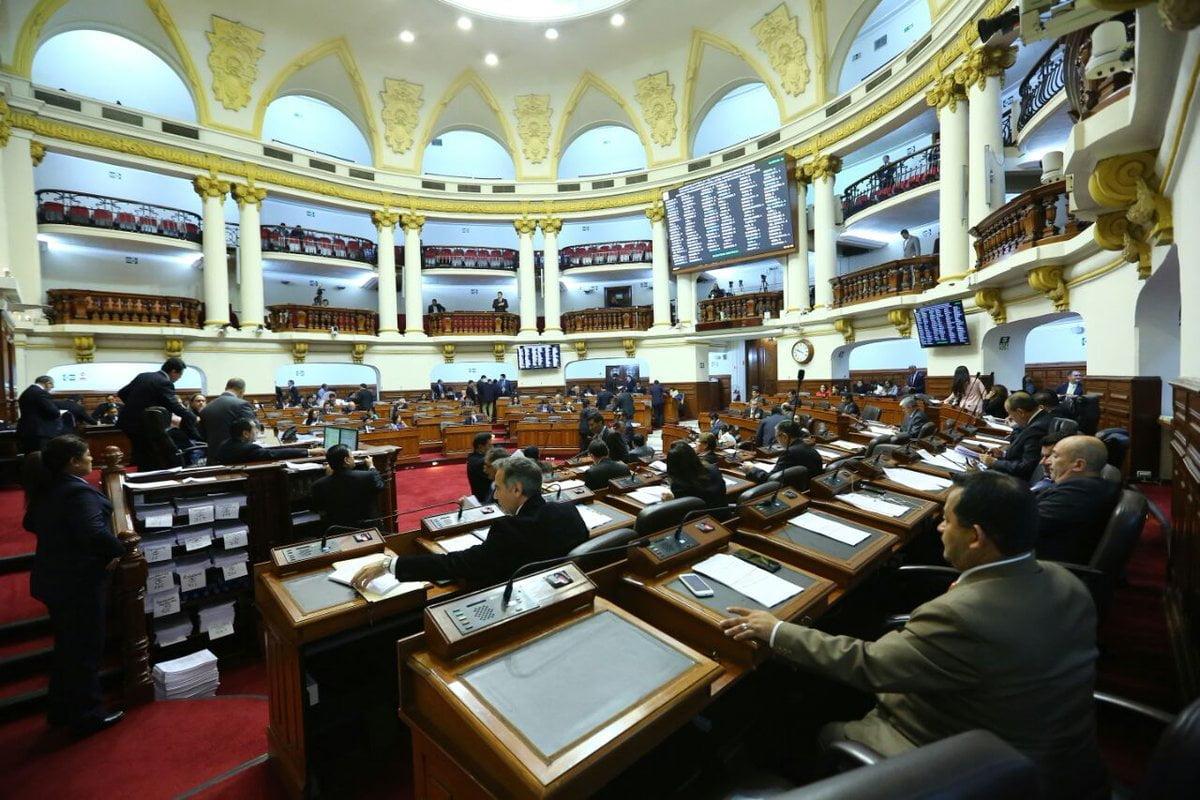 Pleno del Congreso aprobó moción de interpelación contra el ministro Carlos Basombrío