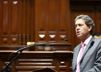 El ministro Thorne enfatizó que no presionó al Contralor en el tema Chinchero.