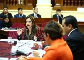 La congresista Aramayo formuló una de las dos mociones con el objetivo de investigar el accidente ocurrido en el Cerro San Cristóbal.