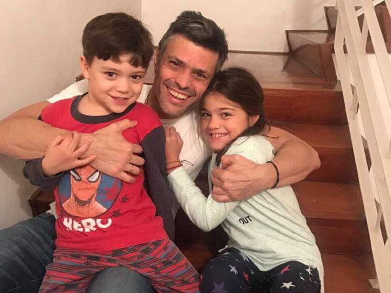 Leopoldo López y sus hijos