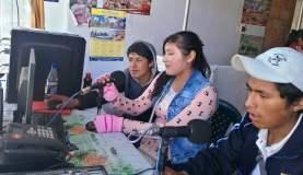 ESCOLARES QUECHUAHABLANTES DE CUSCO SE DESEMPEÑAN COMO CORRESPONSALES DE PROGRAMA DE RADIO CONTRA TRATA DE PERSONAS