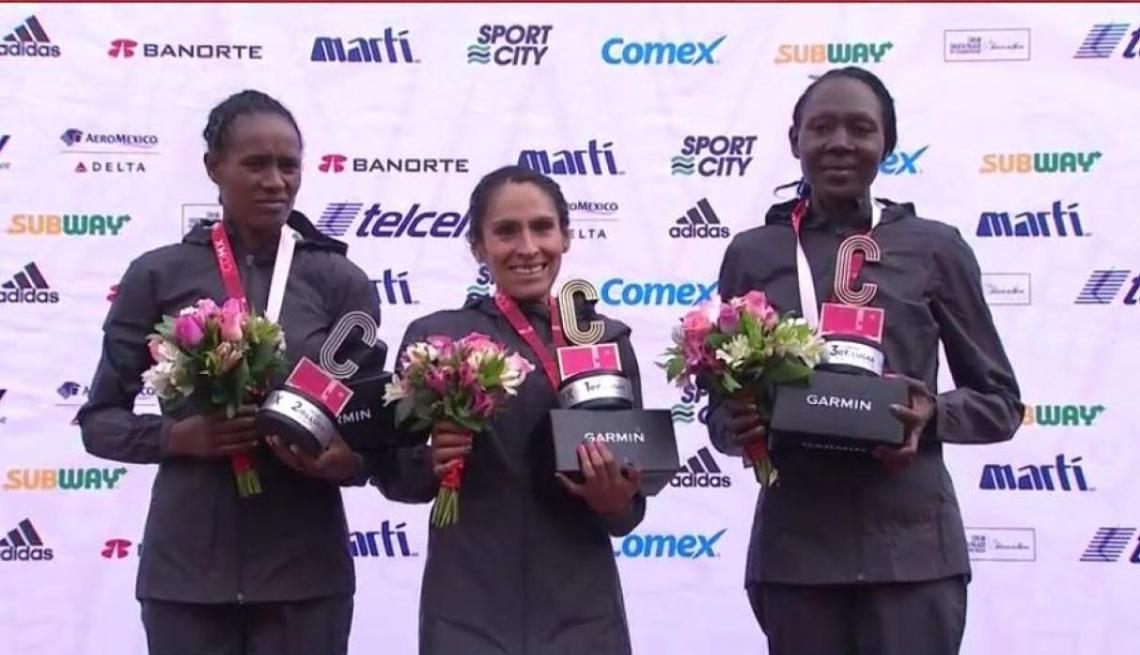 Gladys Tejeda se subió a lo más alto del podio en México.
