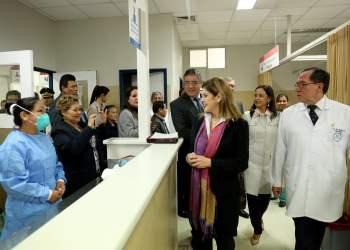 La premier Aráoz lideró la reapertura del Hospital Ramón Castilla.