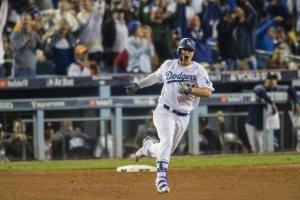 Serie Mundial: Los Dodgers vencen a los Astros y obligan a un último juego por el título