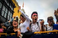 DOS PANTALLAS GIGANTES TRANSMITIRÁN ENCUENTRO ARGENTINA-PERÚ EN PLAZA DE ARMAS
